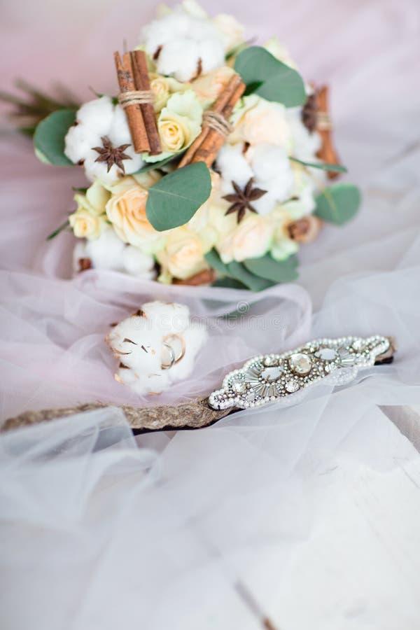 Детали свадьбы невесты стоковые изображения