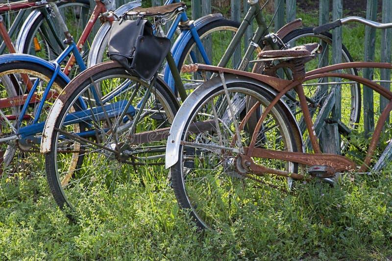 Деталь велосипеда и шкафа стоковое фото