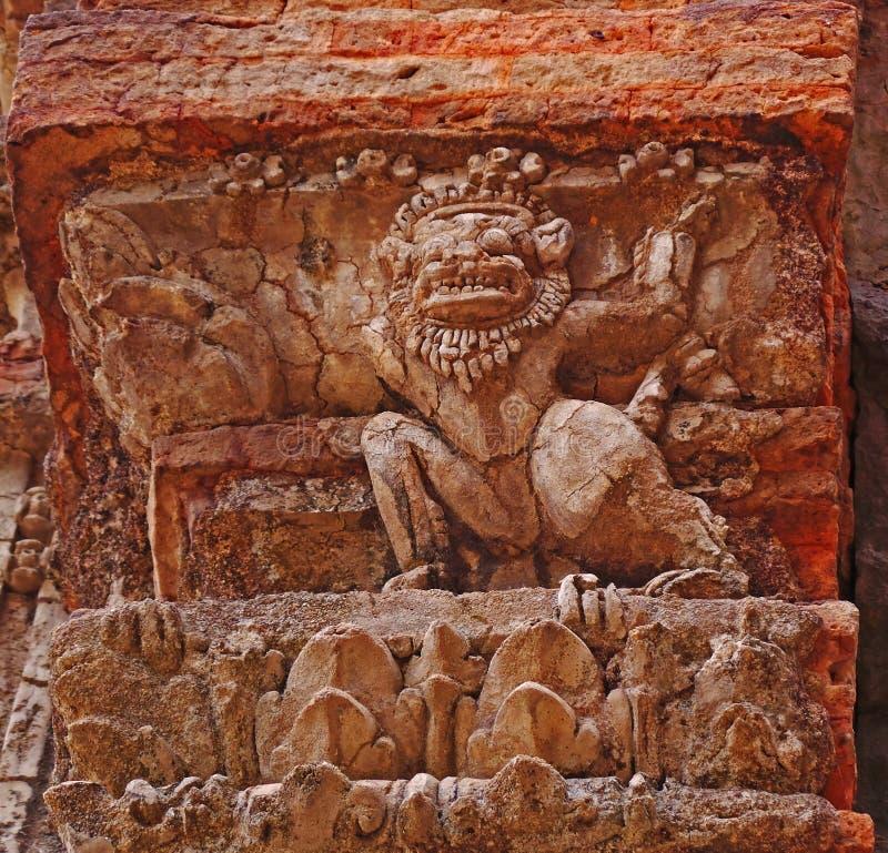 Деталь виска - Preah Ko, Камбоджа стоковые фото