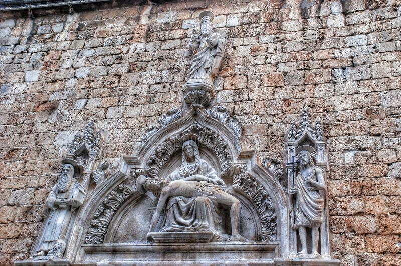 Деталь в стене города Дубровника стоковая фотография rf