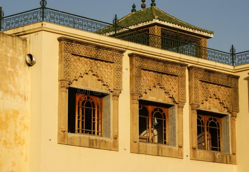 Деталь красивого украшения мозаики плитки на Fez, Mo стоковые изображения