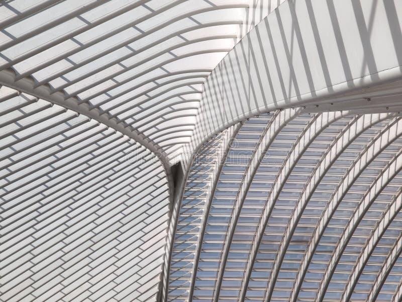 Деталь крыши современной архитектуры стоковые фото
