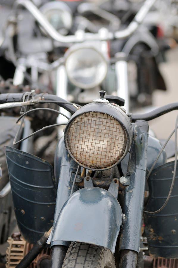 Деталь мотоцилк в автостоянке стоковые фотографии rf