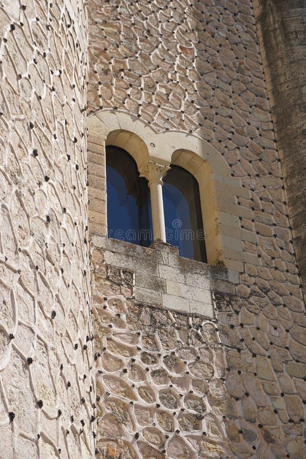 Деталь окна на Alcazar замка Сеговии стоковые изображения rf