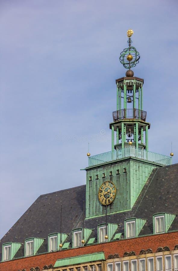 Деталь ратуши в центре Emden стоковая фотография