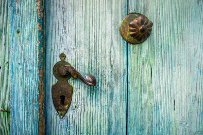 Деталь старой двери стоковое изображение rf