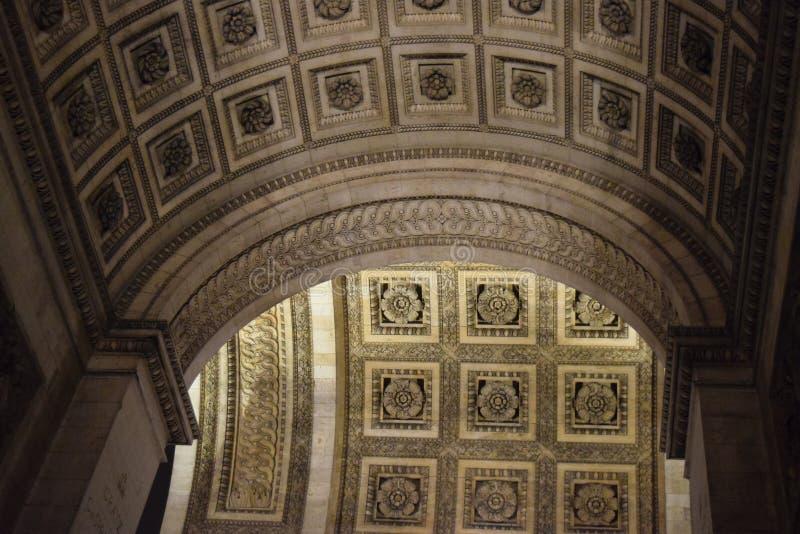 Деталь дуги, Триумфальная Арка, Париж, декабрь стоковое фото