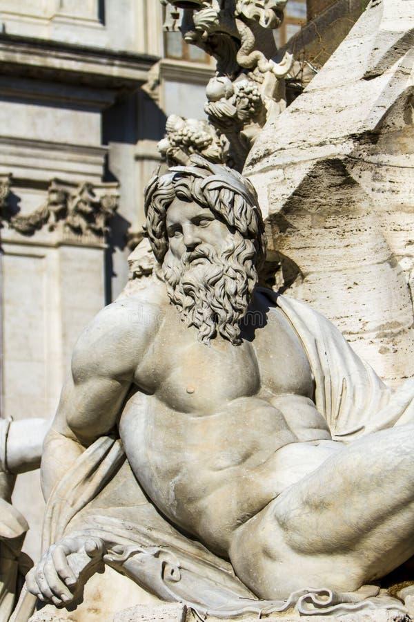 Деталь dei Quattro Fiumi Фонтаны на аркаде Navona в Риме стоковое изображение rf