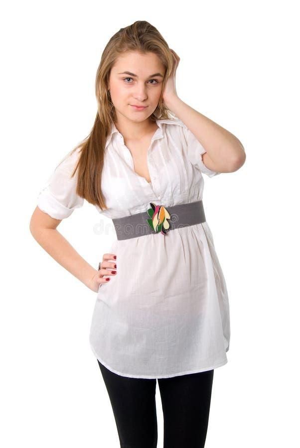 детеныши белой женщины рубашки портрета стоковое изображение