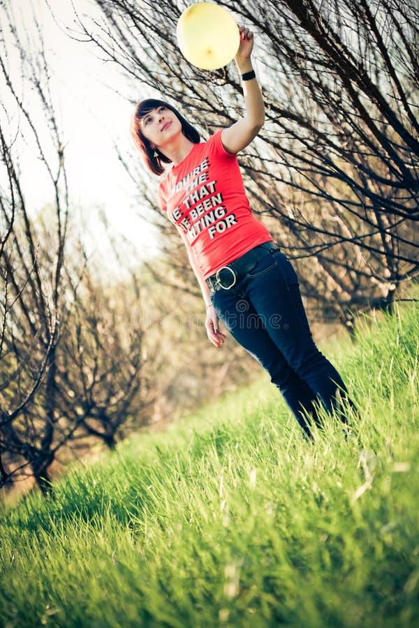 детеныши женщины воздушного шара красивейшие стоковые изображения