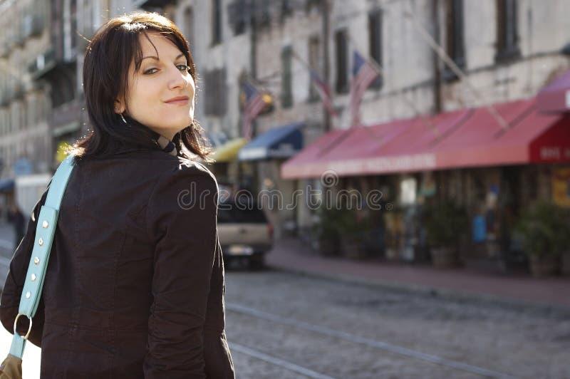 детеныши женщины улицы стоковые фото