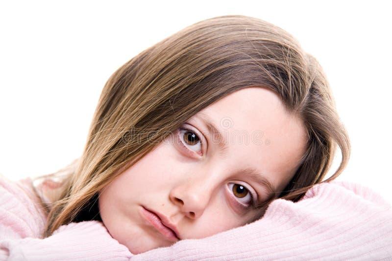 детеныши изолированные девушкой унылые стоковое изображение