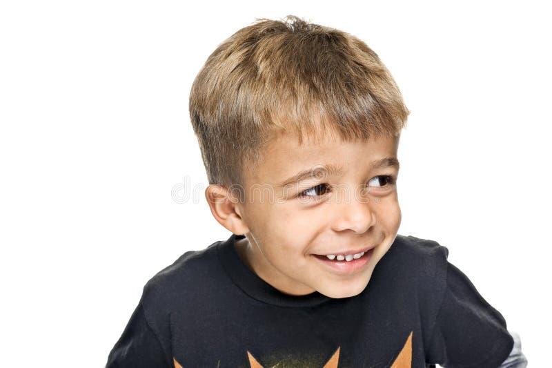 детеныши мальчика счастливые стоковое изображение rf