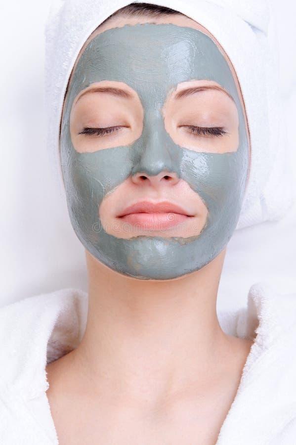 детеныши маски красивейшей глины женские стоковое изображение