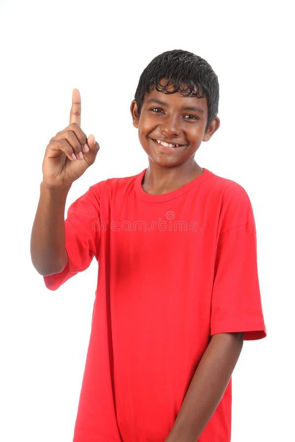 детеныши подростка сигнала одно мальчика сь стоковое фото