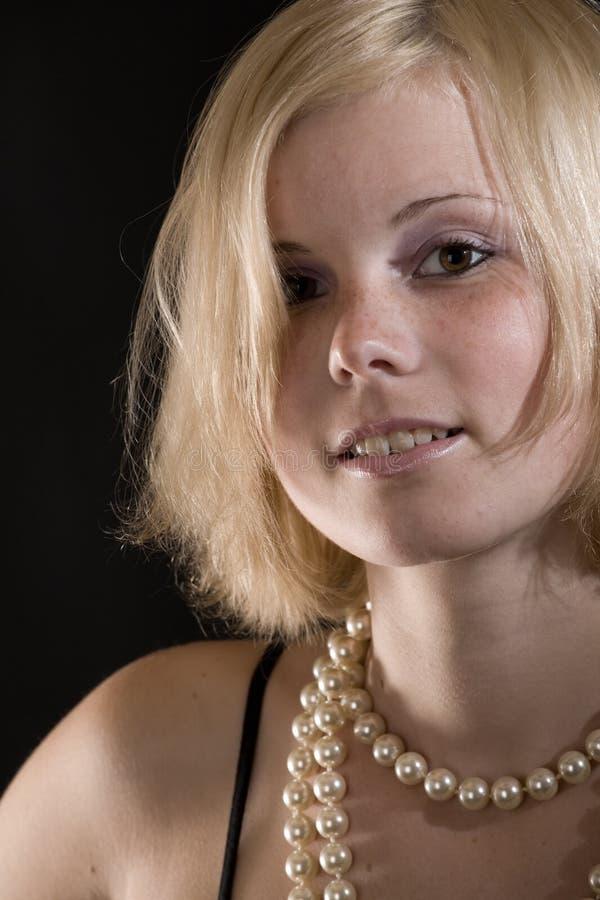 детеныши портрета девушки стоковые изображения