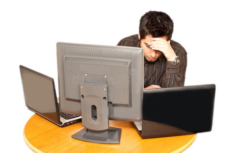 детеныши расстроенные бизнесменом усиленные стоковое изображение
