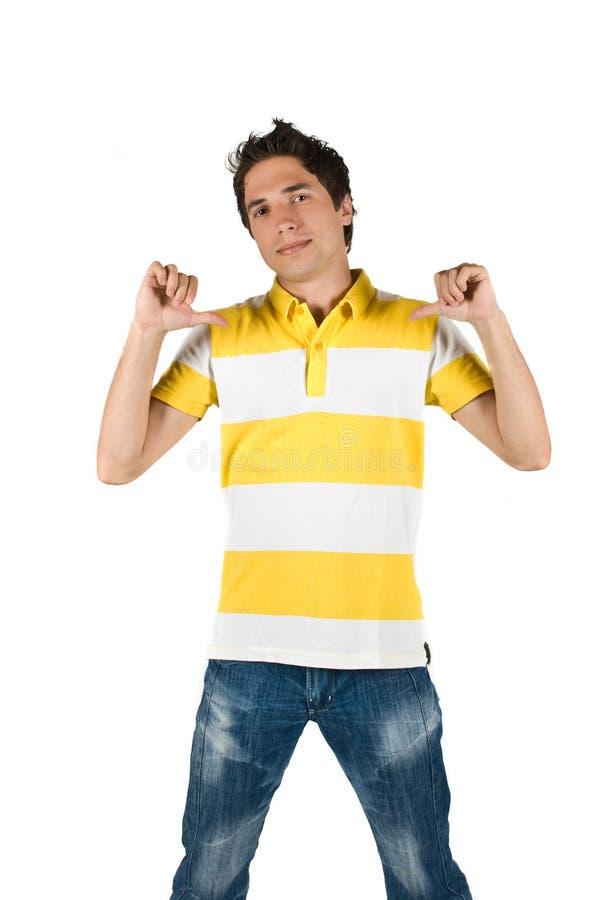 детеныши рубашки t человека джинсыов стоковые фото