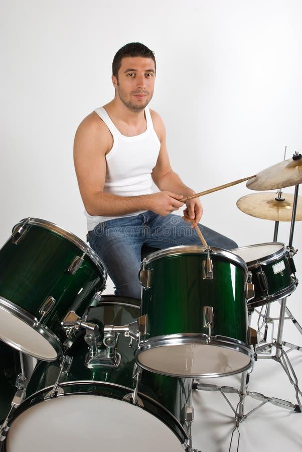 детеныши человека барабанщика стоковая фотография