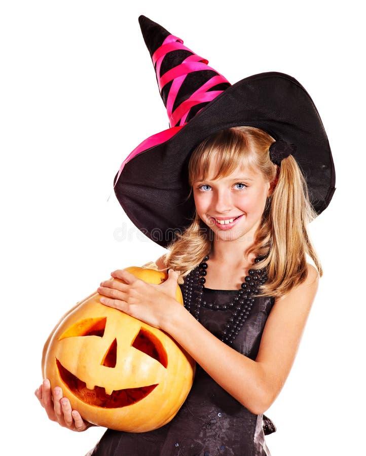 Дети ведьмы на партии хеллоуина. стоковые фотографии rf