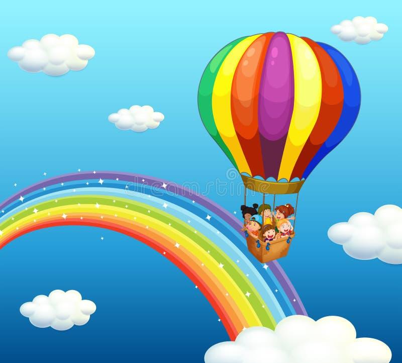 Дети ехать в большом воздушном шаре над радугой бесплатная иллюстрация