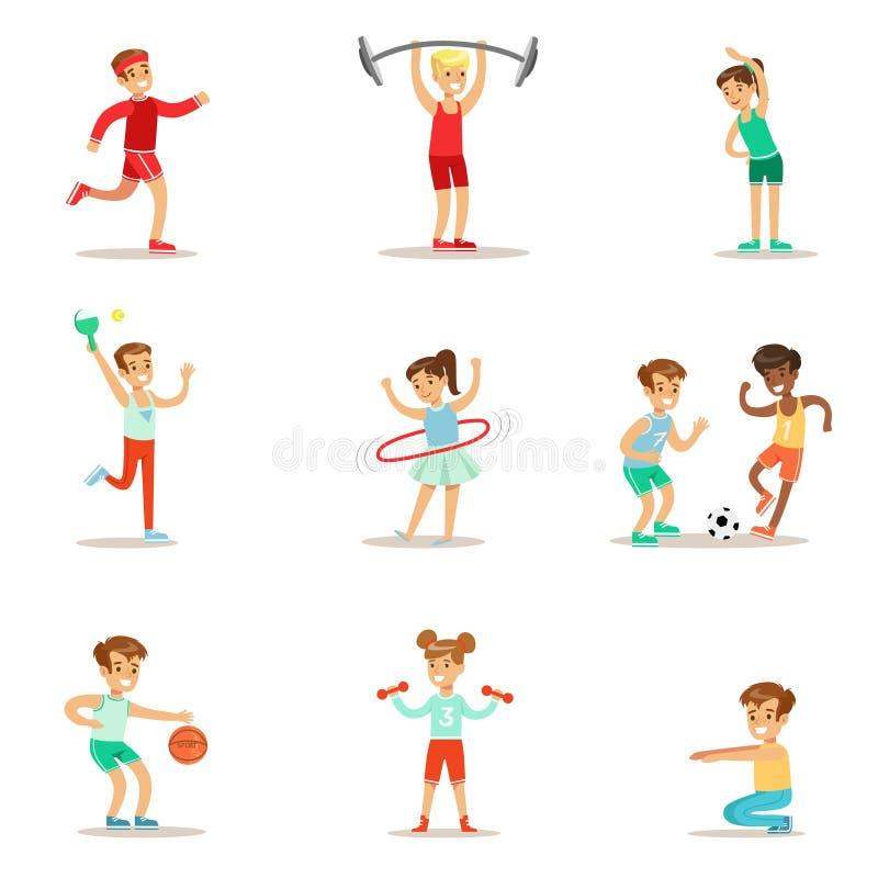 Дети практикуя различные спорт и физические активности в спортзале класса физкультуры и Outdoors играть детей иллюстрация штока