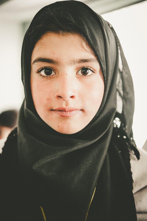Дети приходя к школе в Skardu, Пакистане стоковая фотография