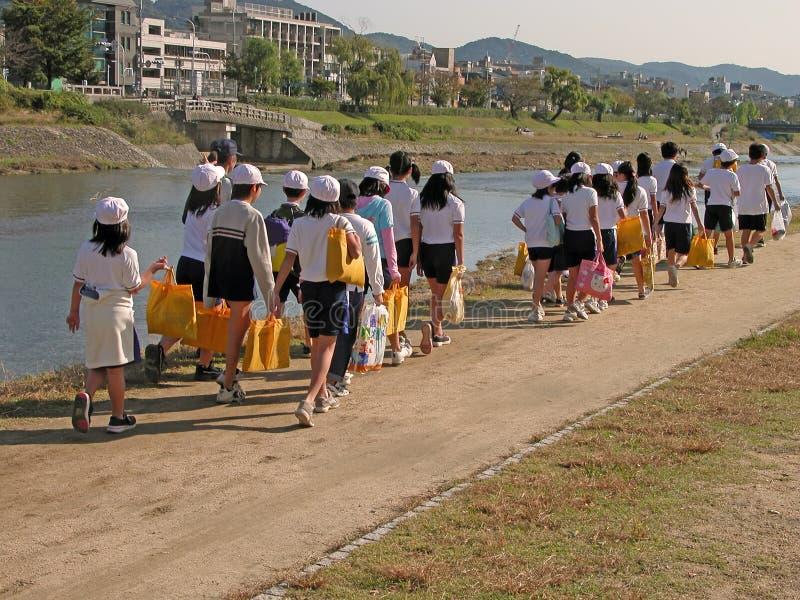 дети собирают японцев стоковые изображения