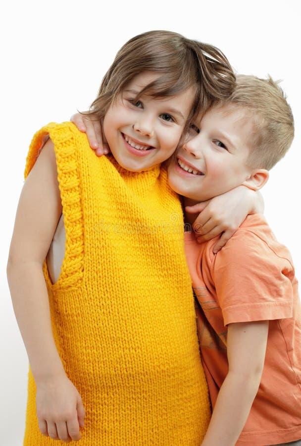 дети счастливые совместно стоковые изображения rf