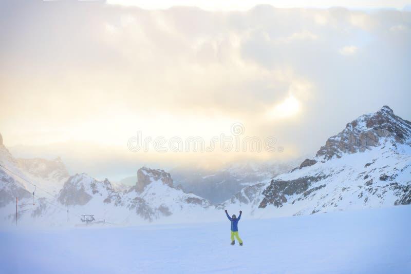 Деятельность при сноубординга зимы стоковые фото