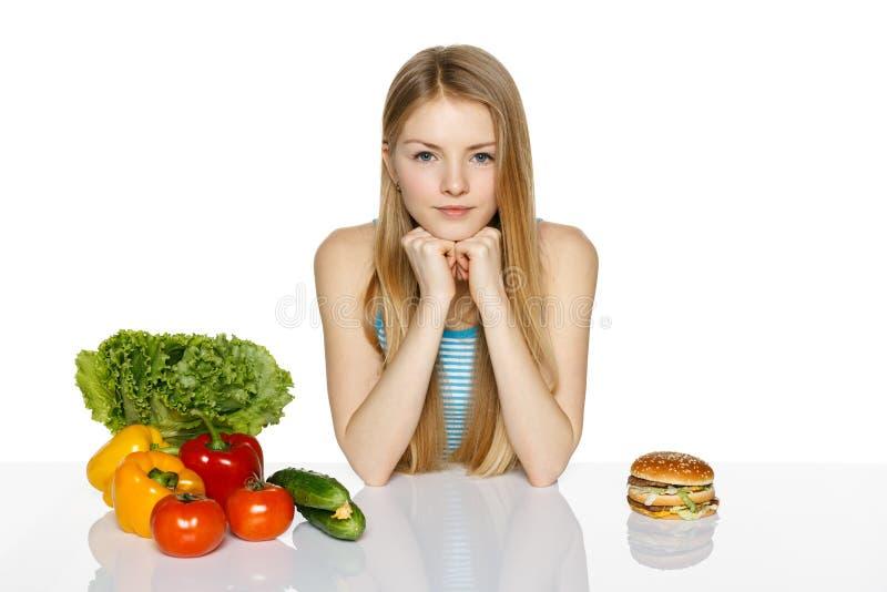Делать выборы здорового питания стоковое изображение rf