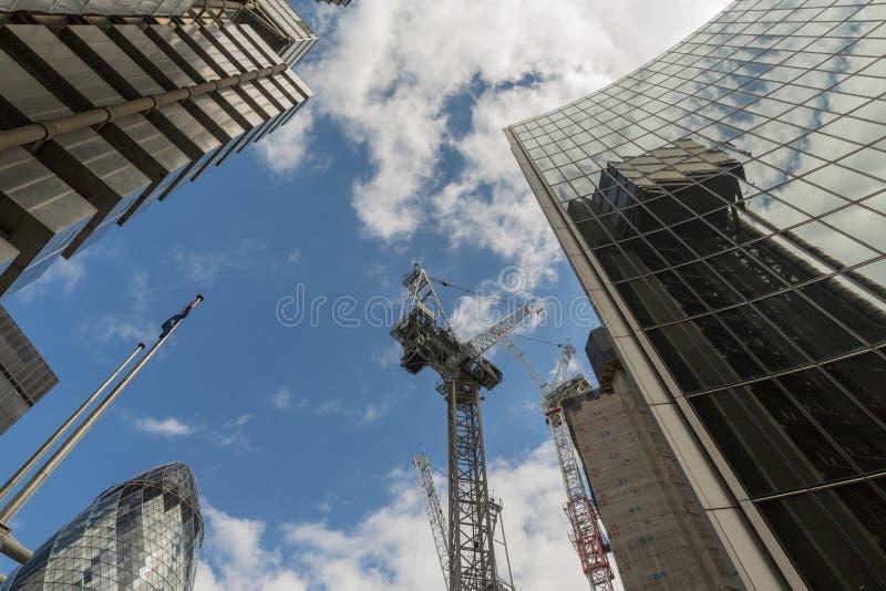 Дело и финансовый район Лондона в Великобритании стоковая фотография