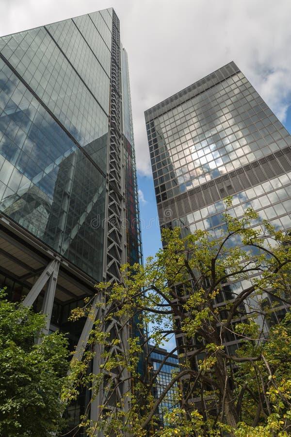 Дело и финансовый район Лондона в Великобритании стоковое фото rf