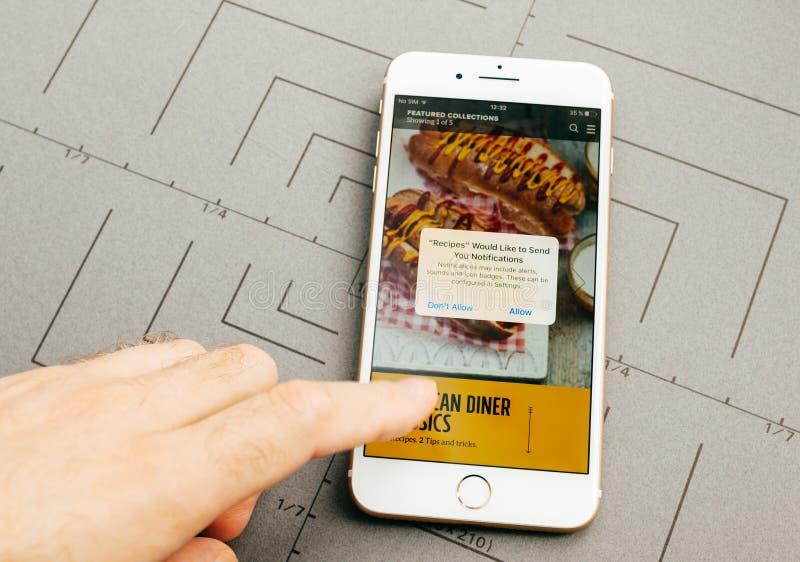 Джемми Оливер app на iPhone 7 плюс прикладное обеспечение стоковая фотография