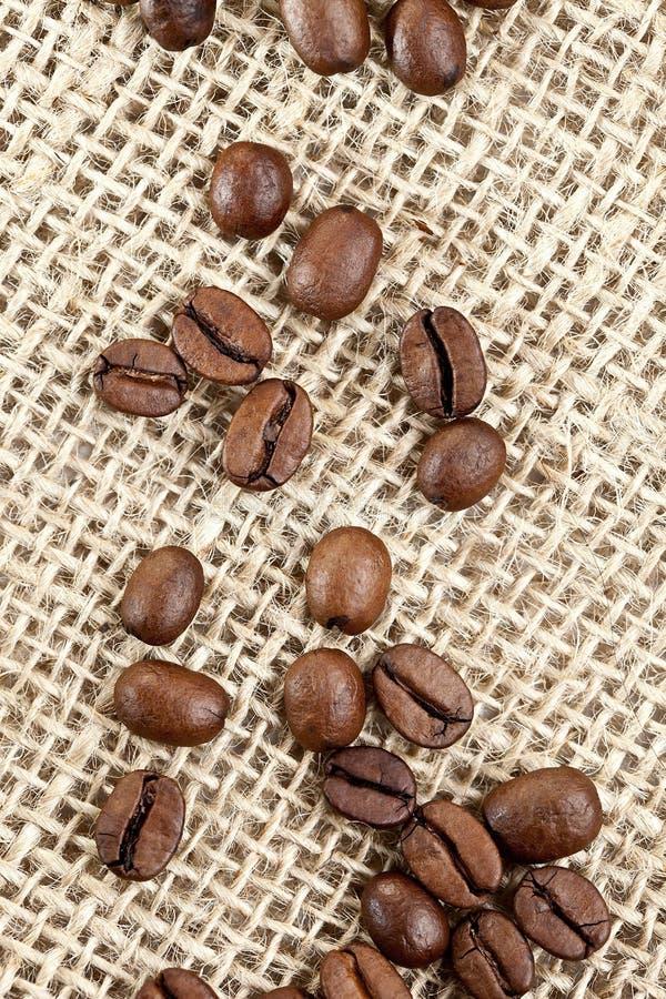 джут кофе фасолей мешка коричневый стоковые фото