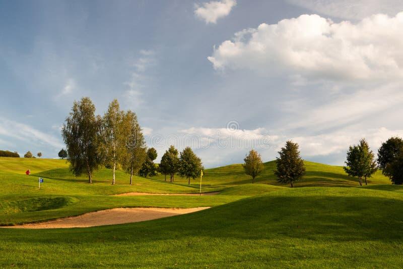 Дзоты песка на поле для гольфа стоковое изображение