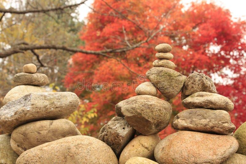 Дзэн вероисповедания каменное стоковые изображения rf