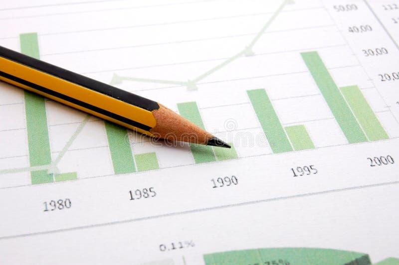 Download диаграмма дела показывая успех Стоковое Фото - изображение насчитывающей проинвестируйте, кризис: 6850364