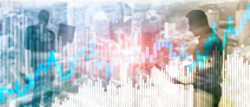 Диаграмма и диаграммы подсвечника торговли акциями на запачканной предпосылке офиса разбивочной стоковое фото rf