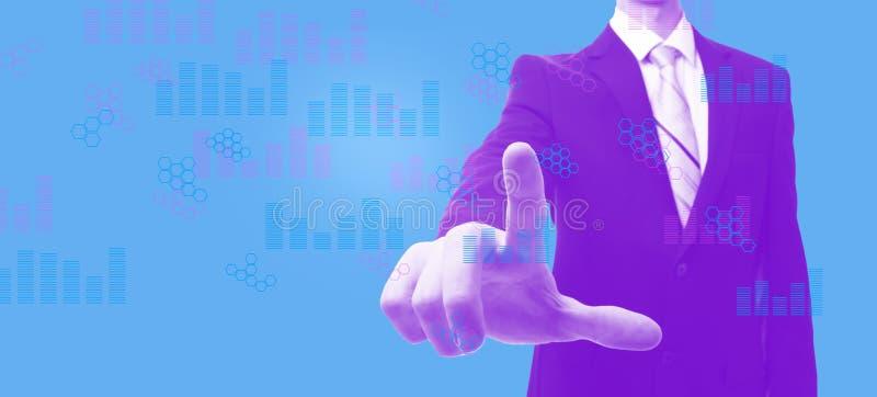 Диаграммы цифров и решетки шестиугольника с бизнесменом в duotone бесплатная иллюстрация