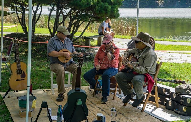 Диапазон горы на 2-ых ежегодных музыке и фестивале искусств стоковая фотография
