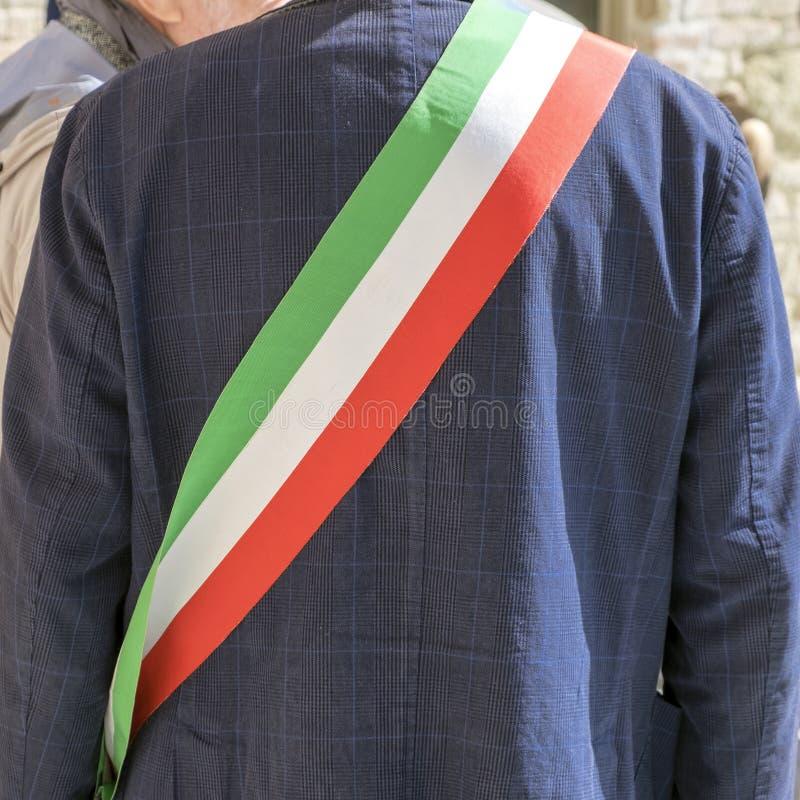 Диапазон итальянского флага города главного tricolor r стоковое изображение
