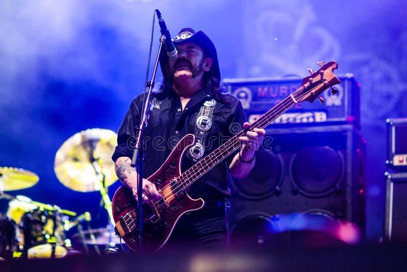 Диапазон Motorhead играя на фестивале 2013 Ursynalia стоковое изображение rf