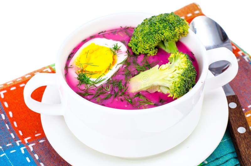 Диетическая и здоровая еда Суп с свеклами и яичками стоковое изображение rf