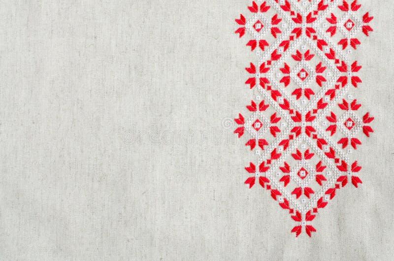 Вышивка крестом красными нитками #можно завязывать красную 18