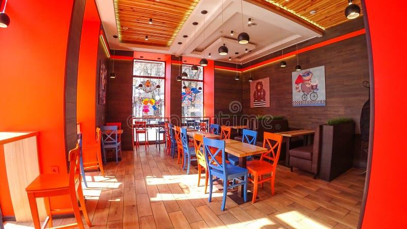 Дизайн интерьера в оранжевых и голубых цветах стоковое изображение