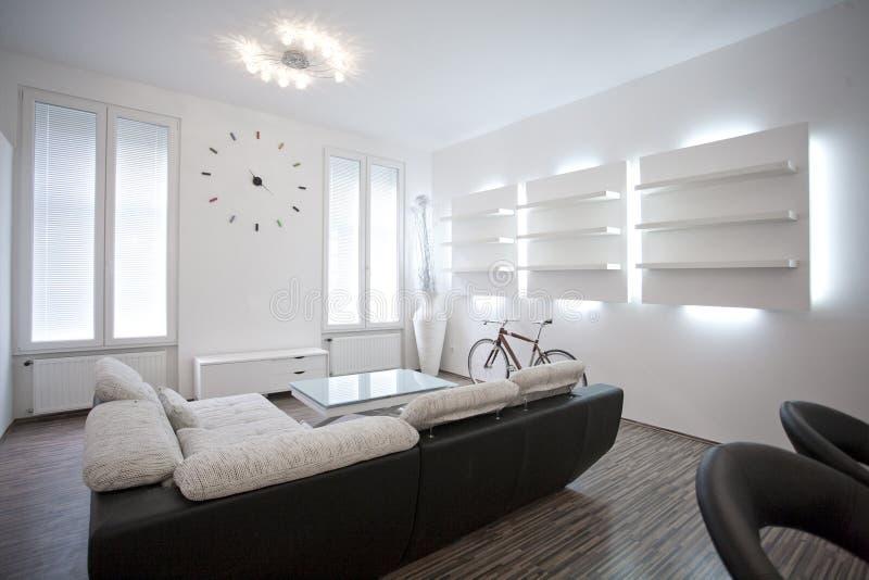 Дизайн интерьера живущей комнаты стоковое фото rf