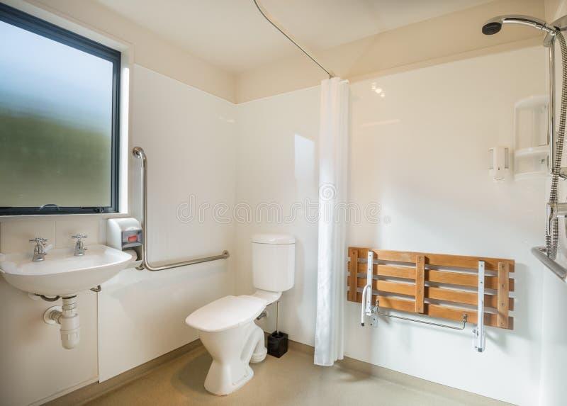 Дизайн комнаты ванны для отключения стоковые фотографии rf