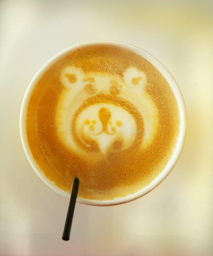 Дизайн медведя кофе стоковые изображения