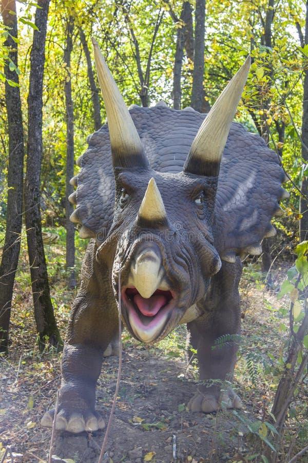 Динозавр - трицератопс стоковое изображение rf